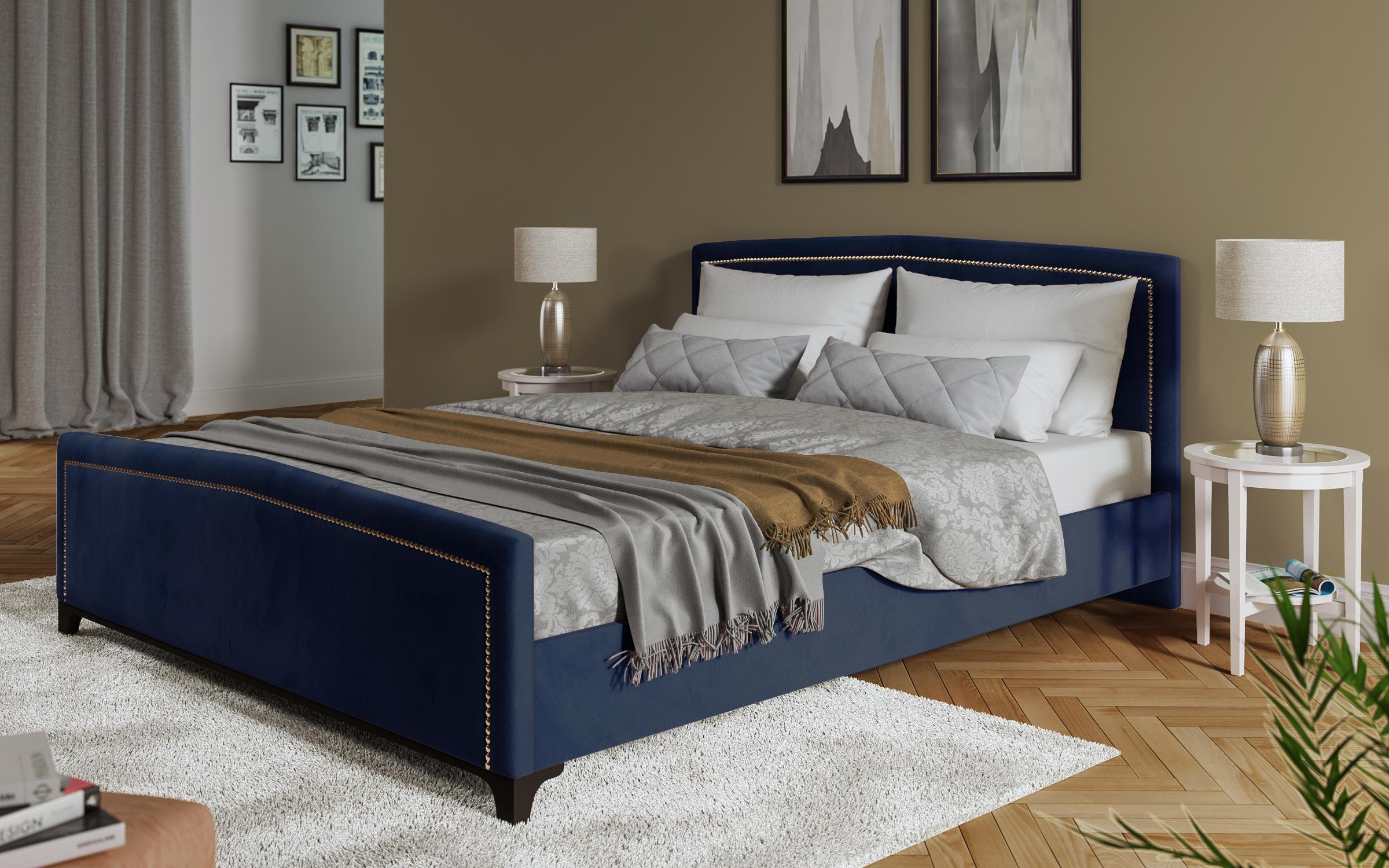 Спалня Севена